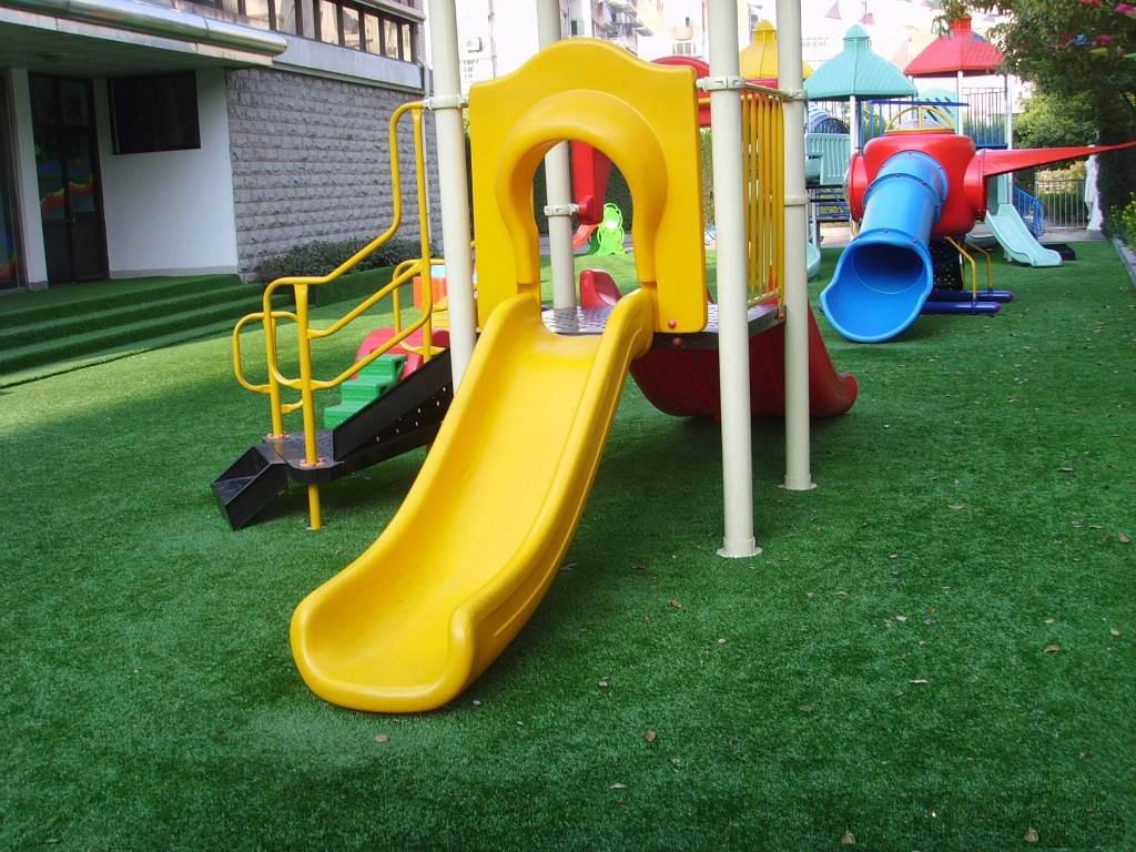 人造草坪 幼儿园人造